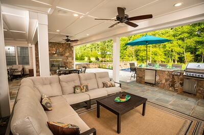 Custom outdoor kitchen and patio in Haymarket, VA