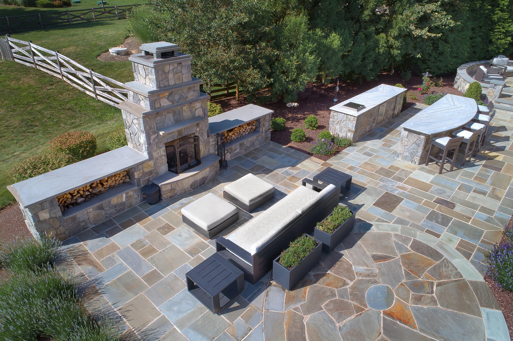Fire feature and outdoor kitchen layout on your patio
