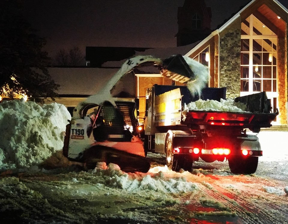 Commercial snow removal, snow plowing and ice management for Ashburn, Aldie, Leesburg, VA.
