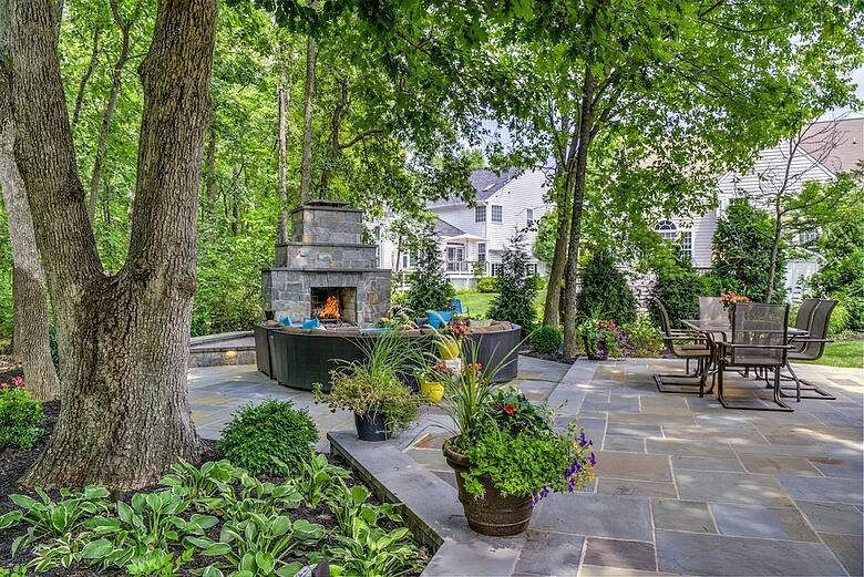 An Outdoor Fireplace Vs Fire Pit Which Is Best For My Ashburn