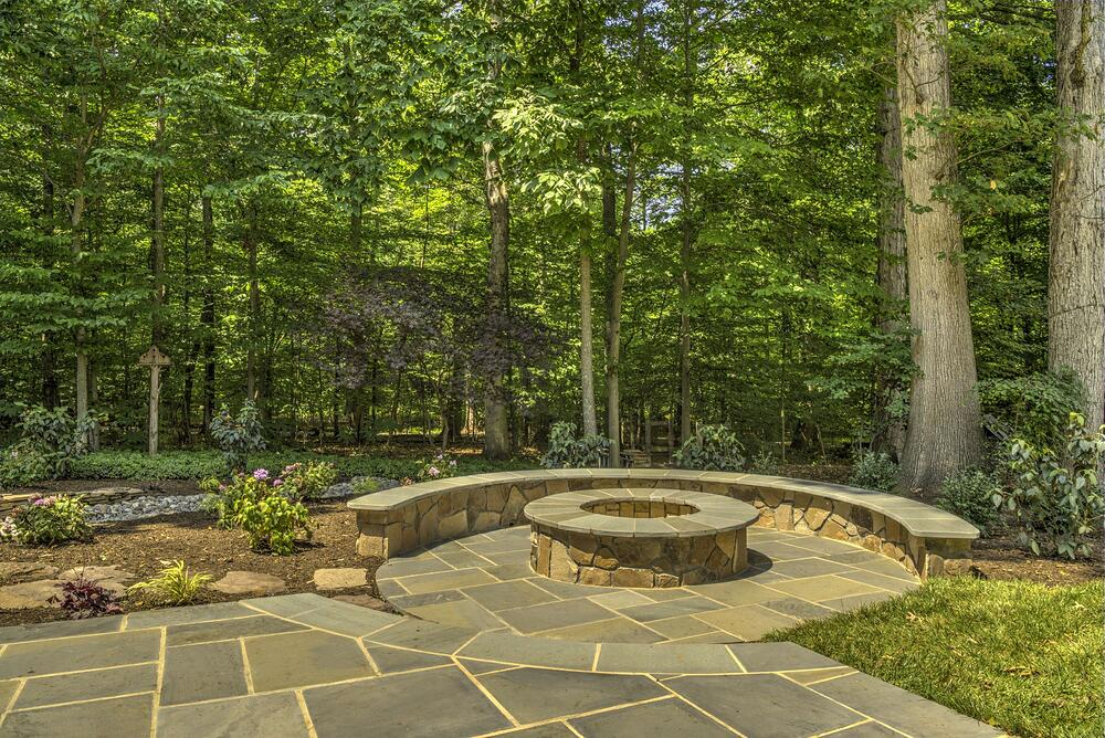 fire pit designed with seating wall in Virginia