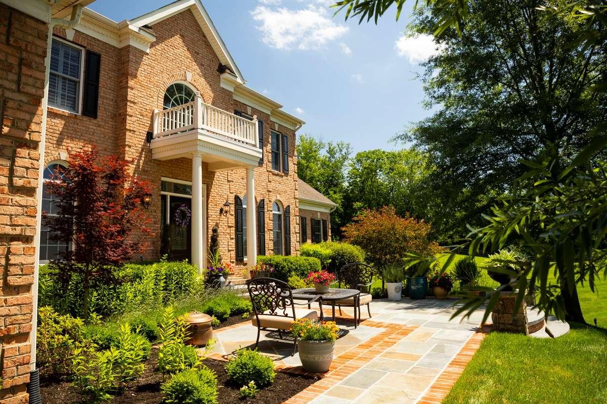 front patio walkway planting 4