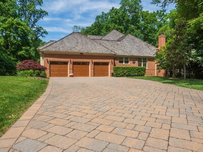 Paver driveway in Great Falls, VA designed by Rock Water Farm