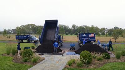 trucks-mulch-piles