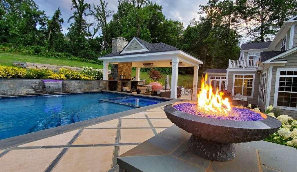 unique pool design and installation