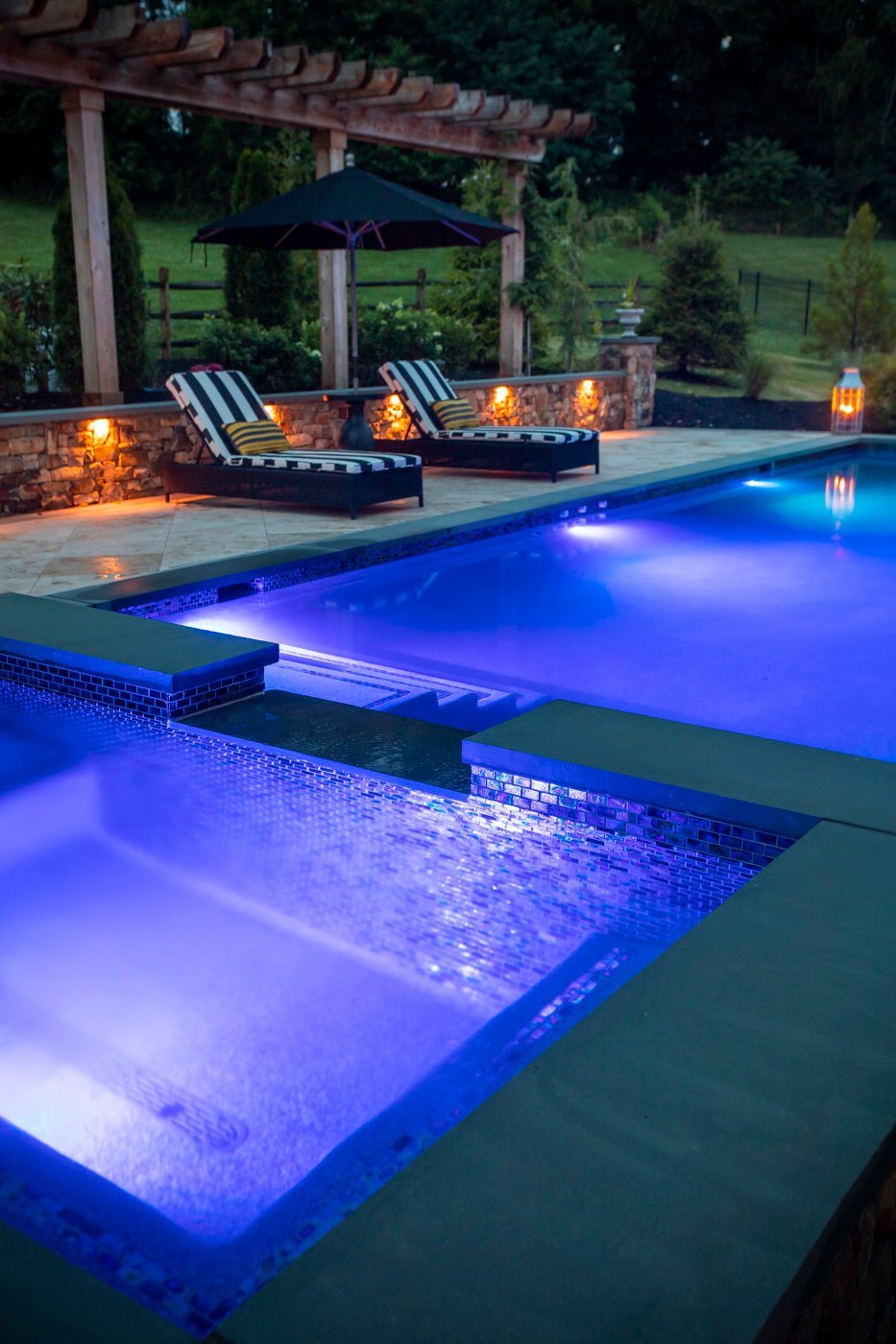 landscape lighting by a pool