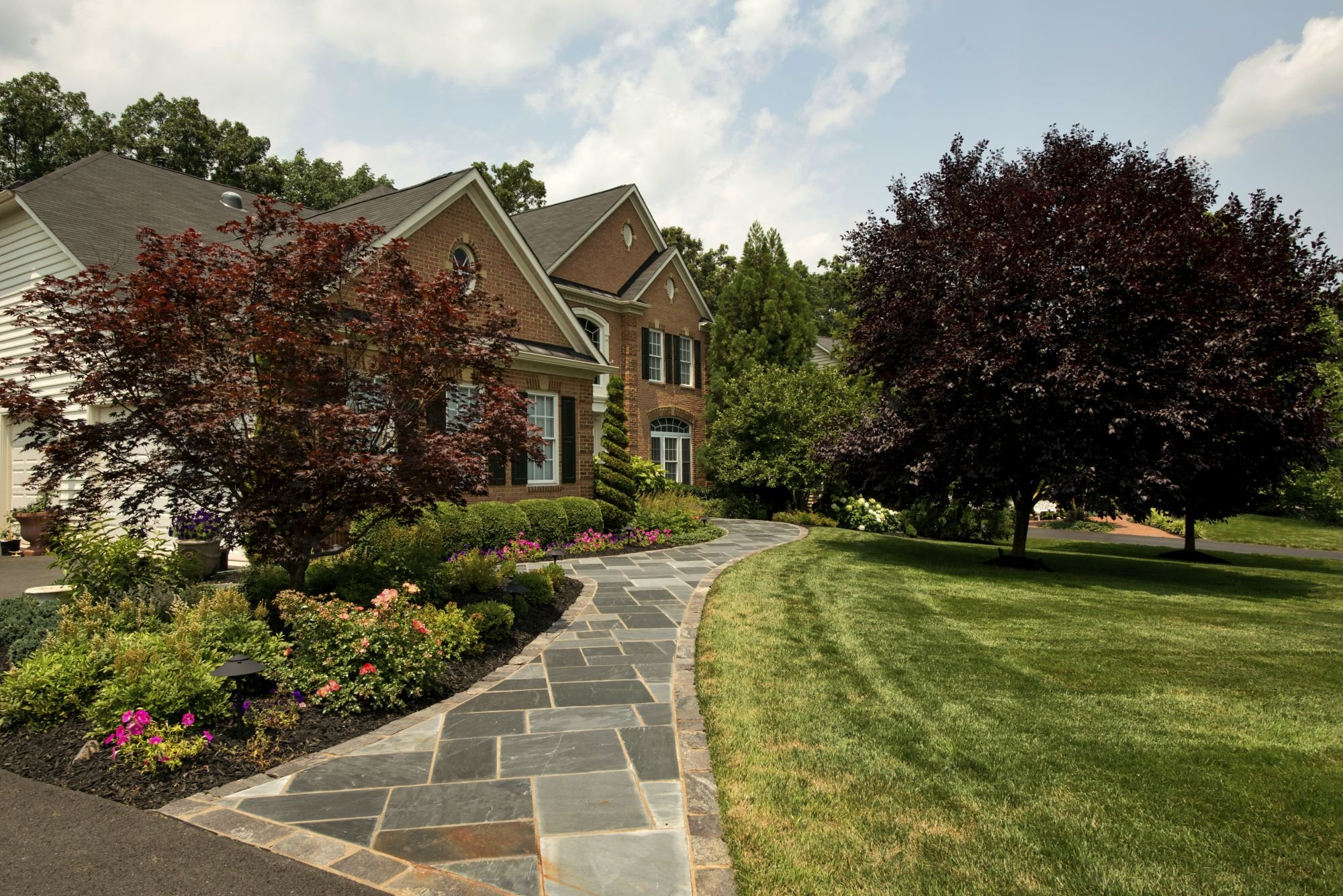 Stone Walkway Ideas, Costs and Design Tips for Your Home in Ashburn, Aldie, or Leesburg, VA
