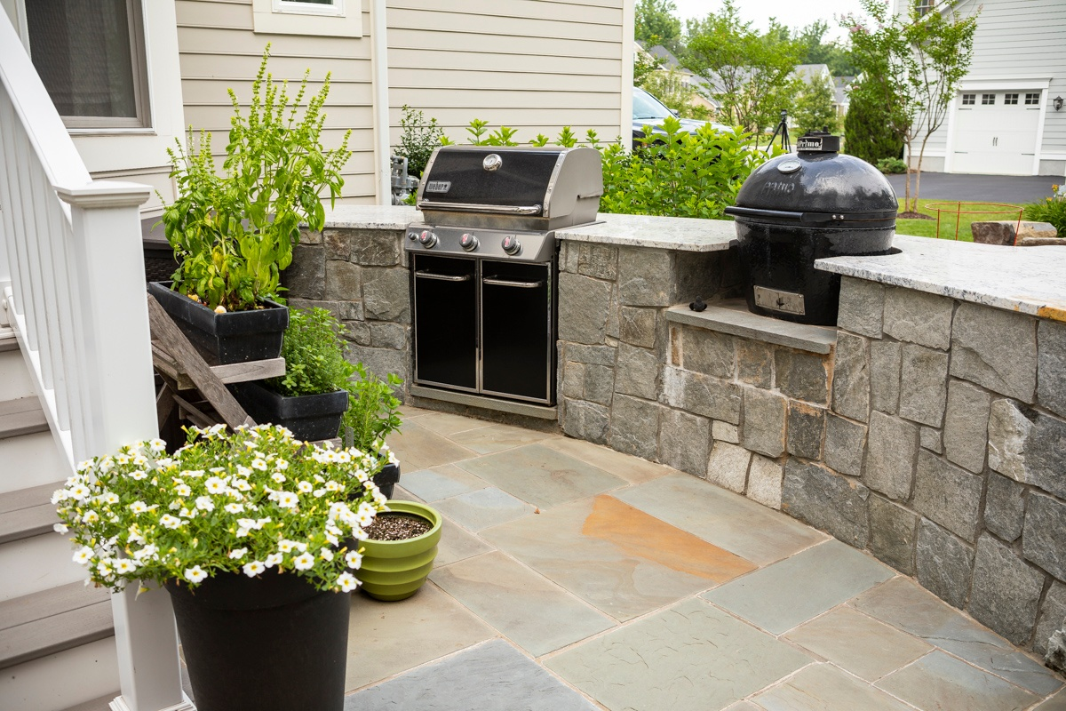 outdoor kitchen grill smoker patio